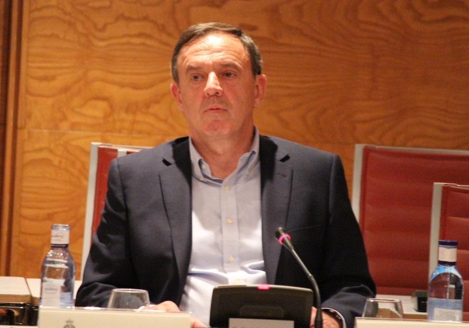 Pla se desmarca de las presuntas irregularidades del PSPV y dice que, «como Rajoy», no estaba en el «día a día»