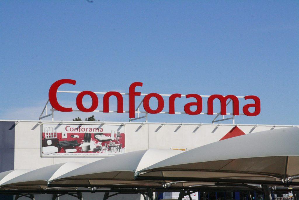 Steinhoff (Conforama) prevé incurrir en pérdidas en su primer semestre tras el escándalo de las cuentas
