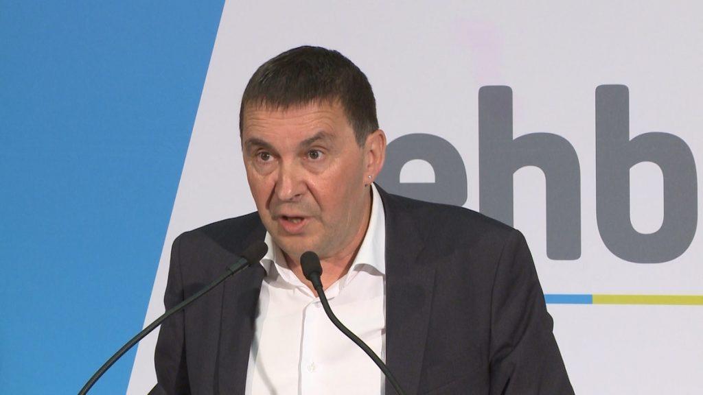Otegi dice a Pedro Sánchez que «supremacismo es defender que solo hay una nación, la española»