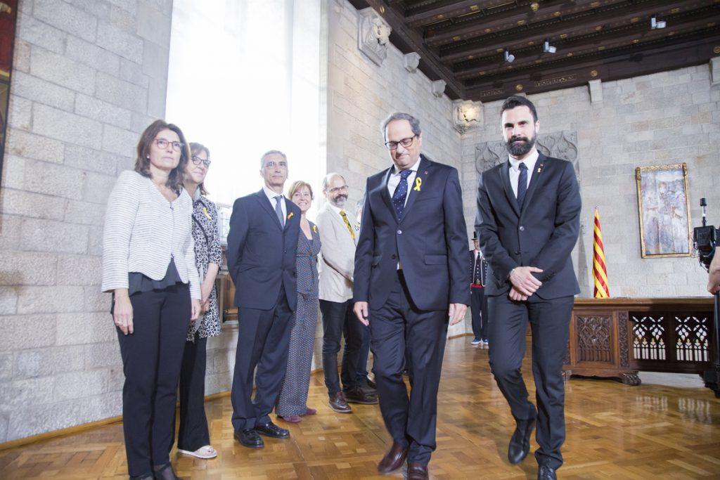 Torra propone a Sánchez hablar de presos políticos y el socialista contesta que lo hará si «su supremacismo lo permite»
