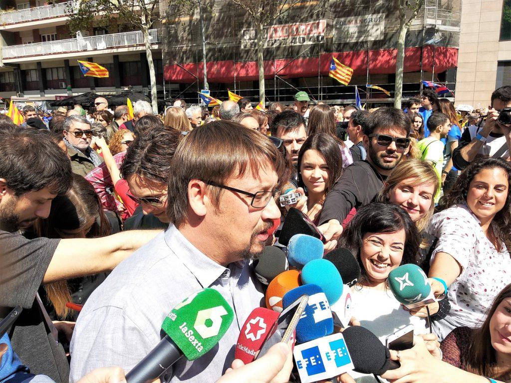 Los comuns ven «absolutamente injustificable» que se mantenga el 155 en Cataluña