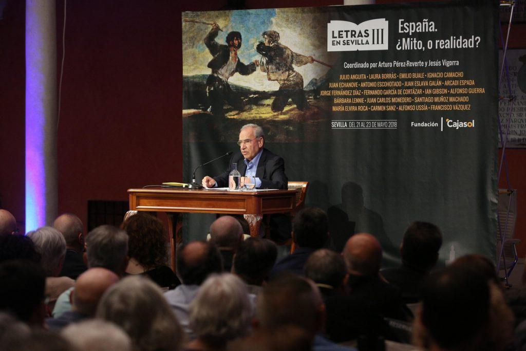 Alfonso Guerra afirma que Cs «se verá premiado en toda España por haber defendido un discurso español en Cataluña»