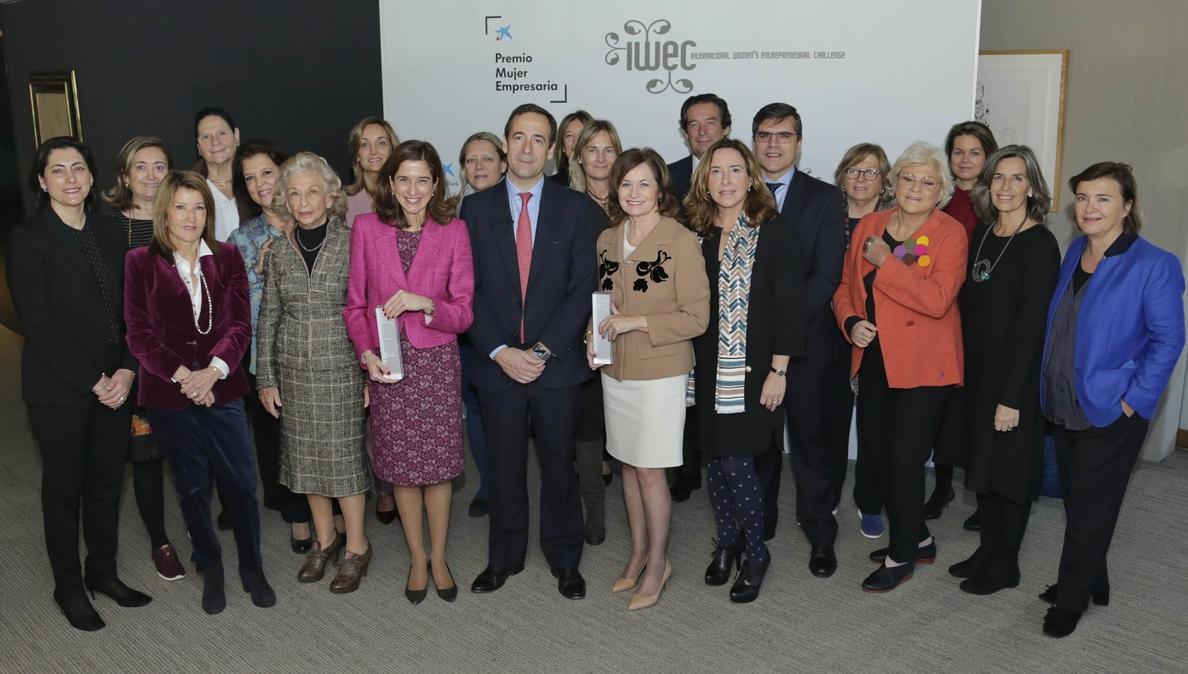 CaixaBank reconoce la trayectoria empresarial de mujeres directivas en España con un premio