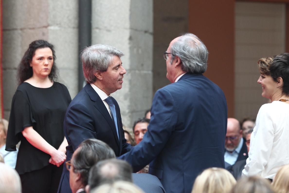 Gabilondo muestra su disposición a «colaborar» con Garrido, aunque «no entiende sus políticas»
