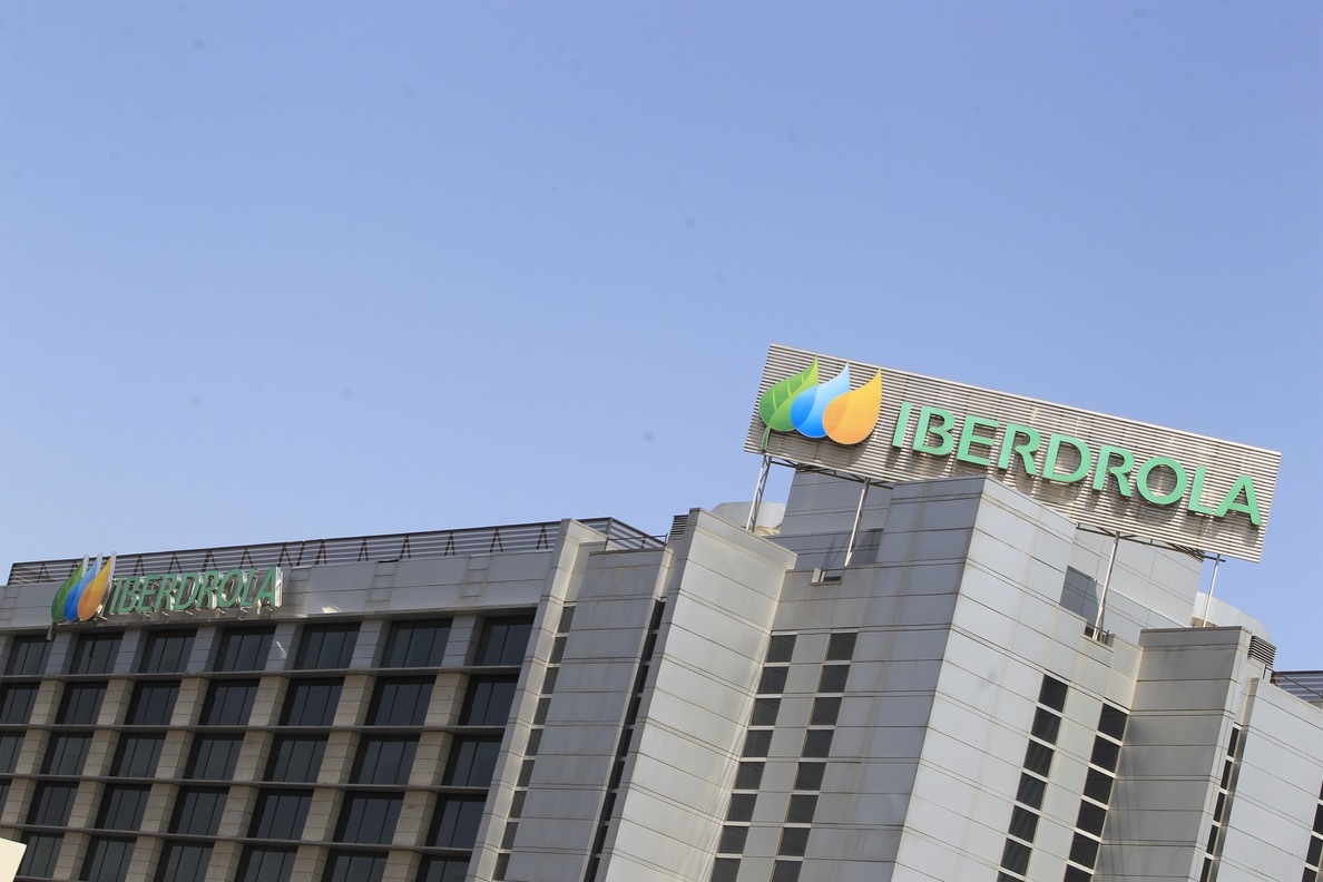 Iberdrola alcanza el 65,5% de su programa de recompra de acciones tras invertir 1,96 millones en títulos