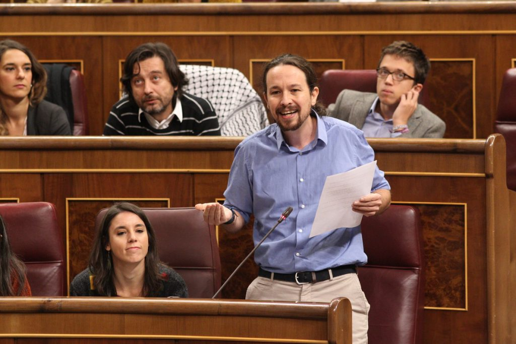 Iglesias y Montero defienden su «decencia» y advierten a los críticos: Deciden las bases, no «los barones territoriales»