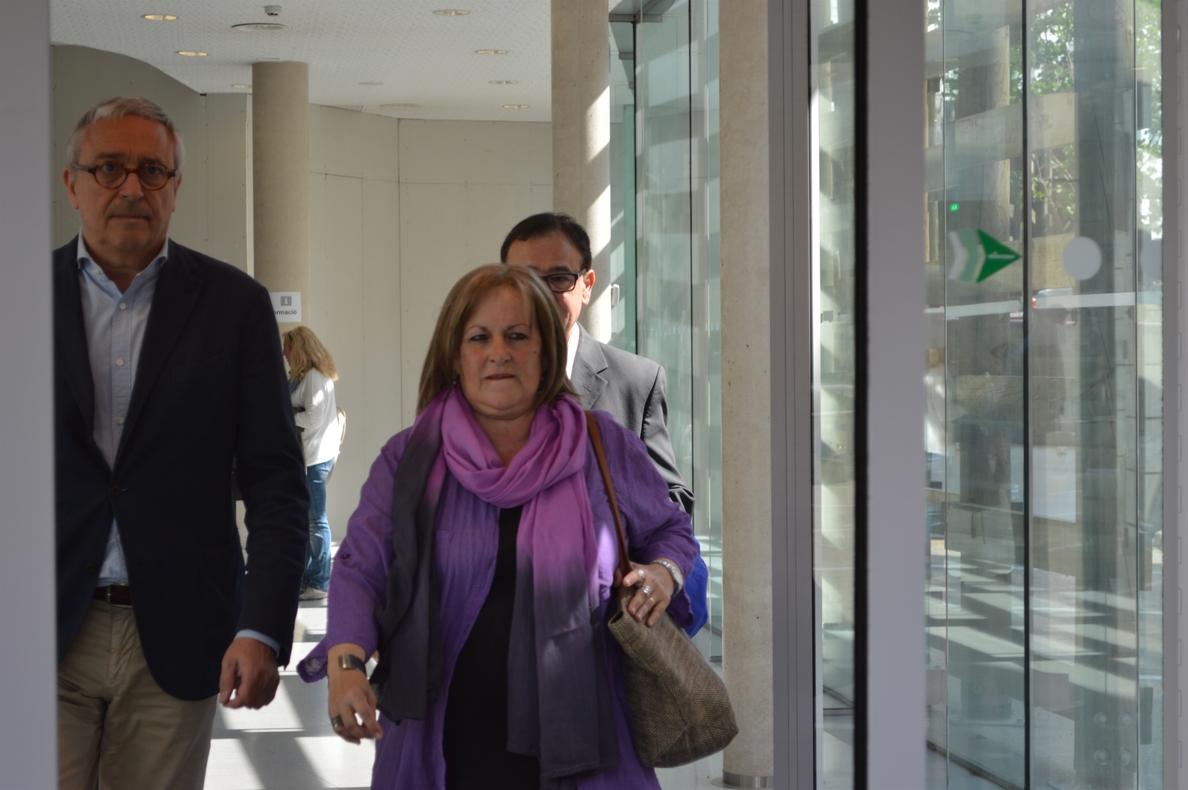 El juez Llarena comunica a Ramona Barrufet su procesamiento por un delito de desobediencia