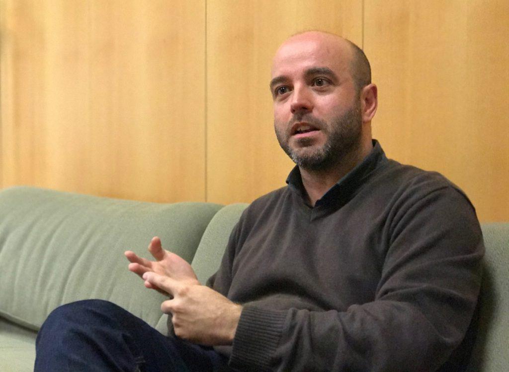 Portavoz En Marea sobre el chalet de Iglesias: «Preguntar a las bases nunca es una mala solución»