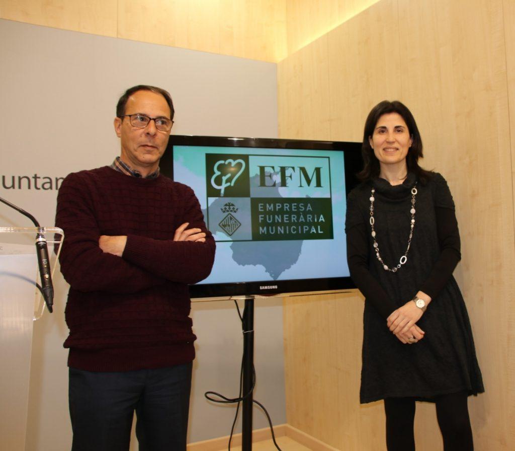 Sociedad Civil Balear critica que se pida el catalán a los empleados de la funeraria de Palma: es «obsesión enfermiza»