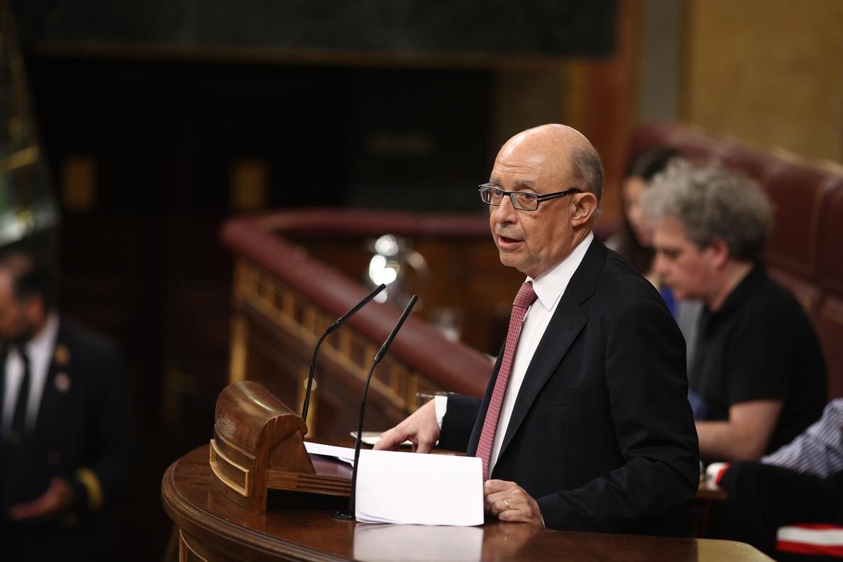 (A)Montoro afirma que los ingresos avalan la sostenibilidad de las medidas de los PGE y cumplir con el déficit