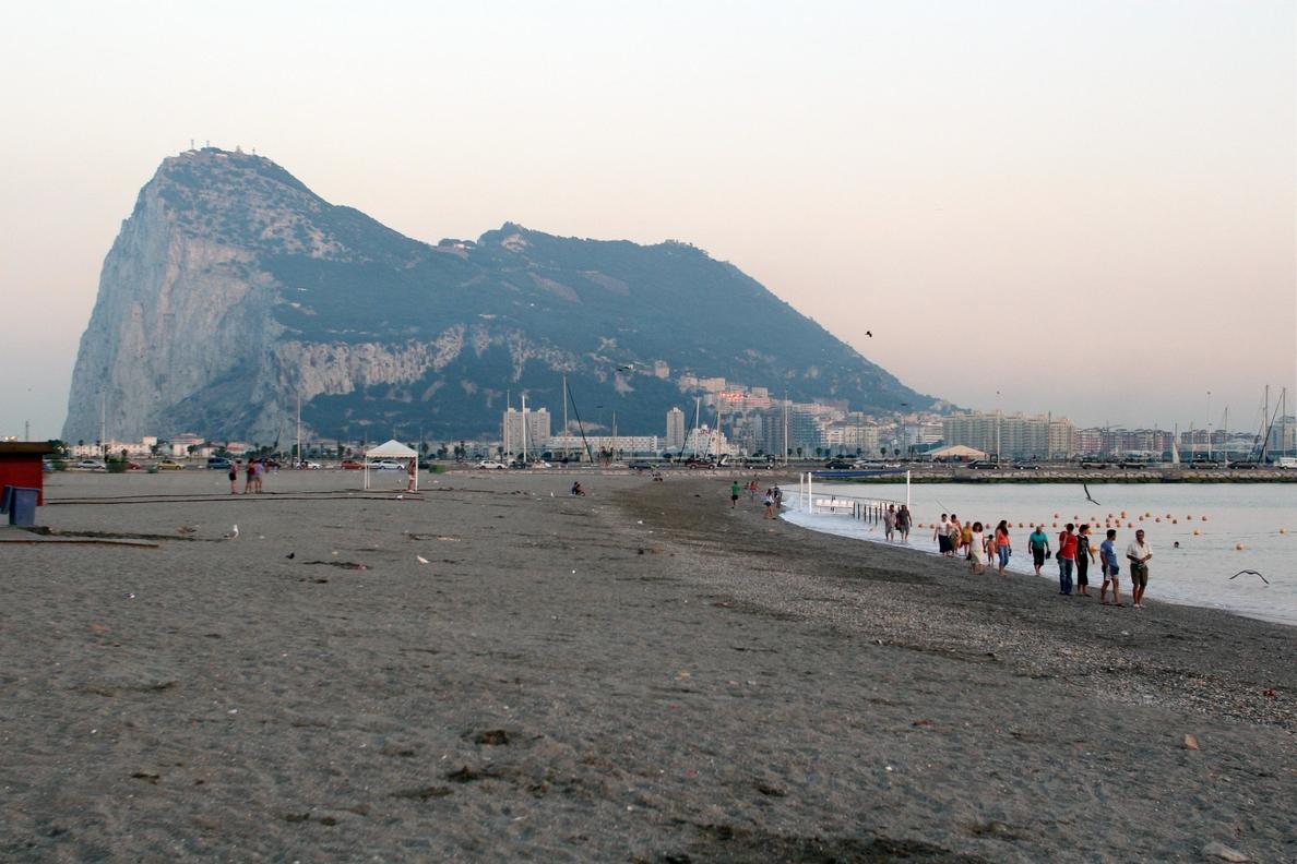Alcaldes de La Línea y Algeciras lamentan que se ponga el foco mediático en lo negativo del Campo de Gibraltar