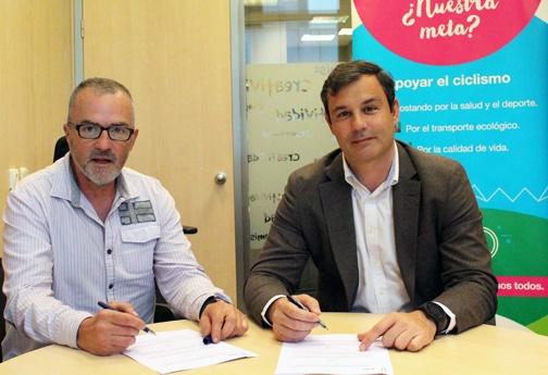 Cetelem y Atebi firman un acuerdo de colaboración para impulsar el sector de la bicicleta
