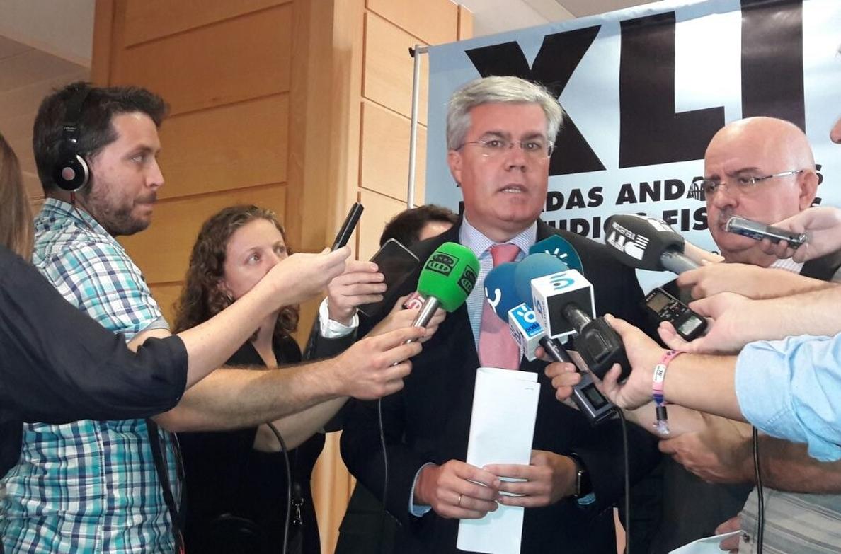 Fernández de Moya dice que una «denuncia idéntica» se archivó en 2014 porque actuó de acuerdo a la legalidad