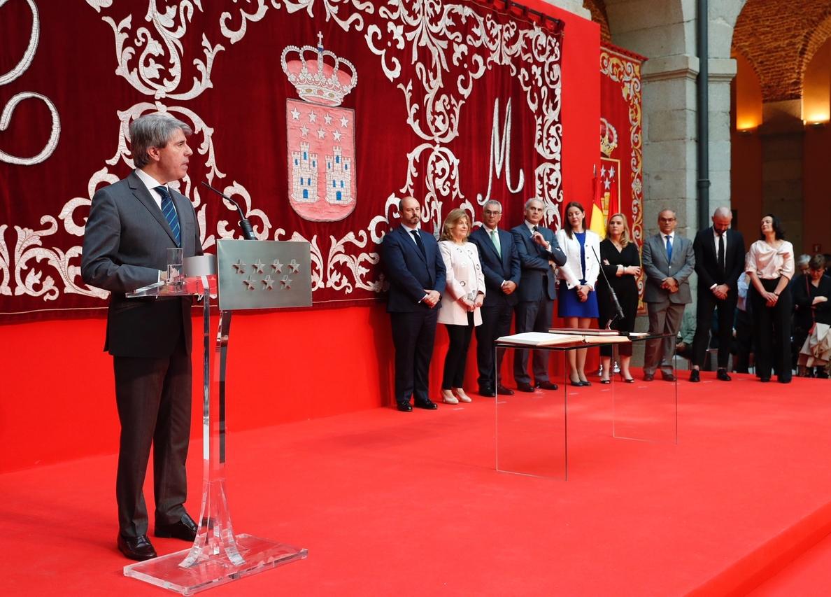 Garrido defiende que Izquierdo y Van Grieken continúen de consejeros pese a estar reprobados por su «trabajo excelente»