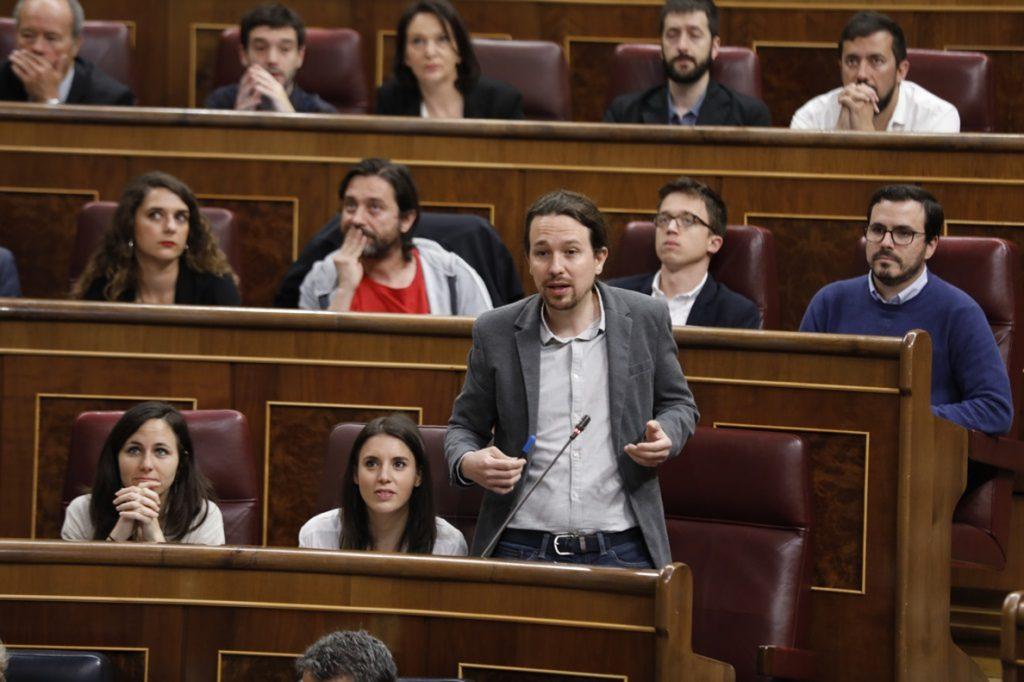Iglesias tira de ironía subrayando que la detención de Zaplana es «otro caso aislado» de corrupción en el PP