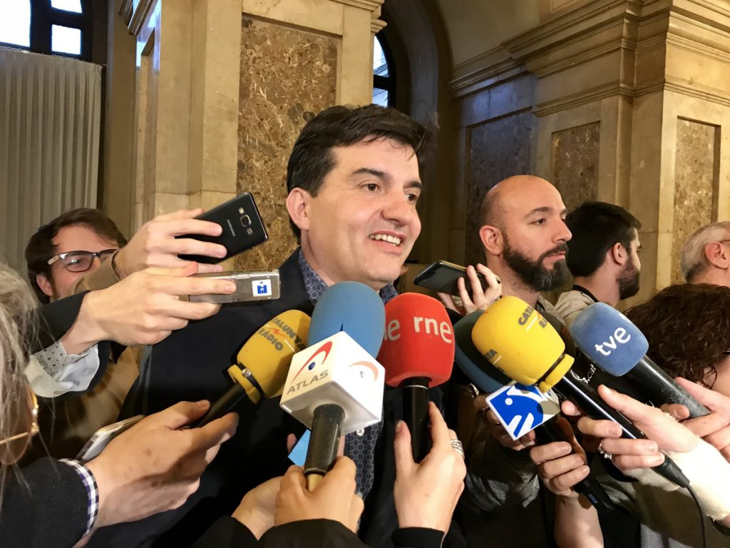 Sabrià (ERC) vería «muy triste» que los consellers no tomaran posesión este miércoles
