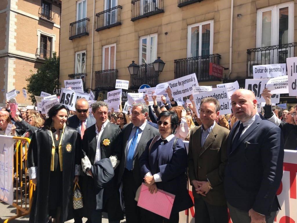Casi el 50 por ciento de jueces y fiscales secundan la huelga para exigir mejoras laborales y justicia del «Siglo XXI»