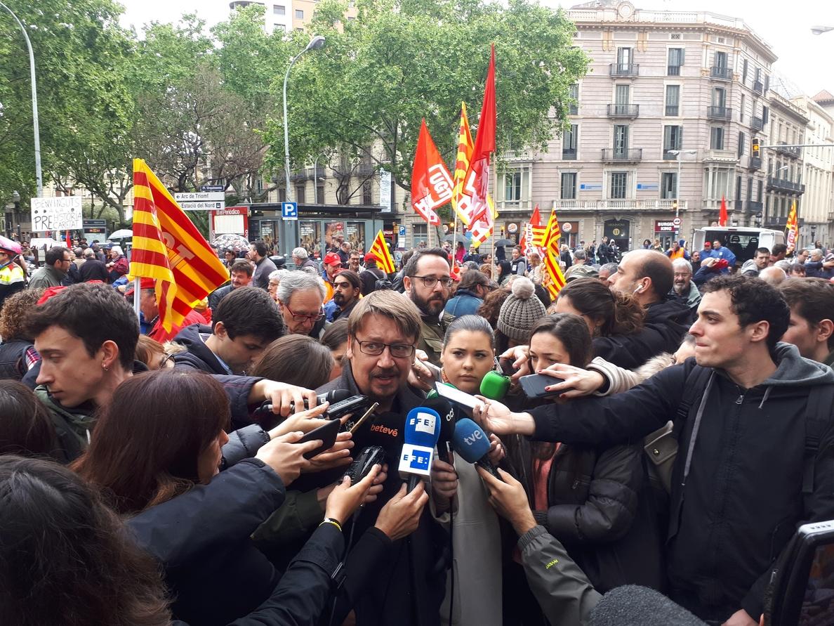 Domènech vota por la continuidad de Iglesias y Montero al frente de Podemos