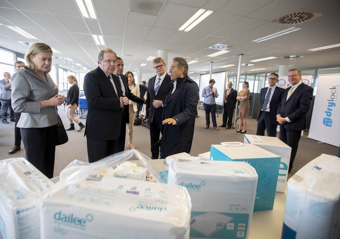Herrera señala la inversión de 45 millones de Drylock en Segovia con 120 empleos como «ejemplo» de captación inversora