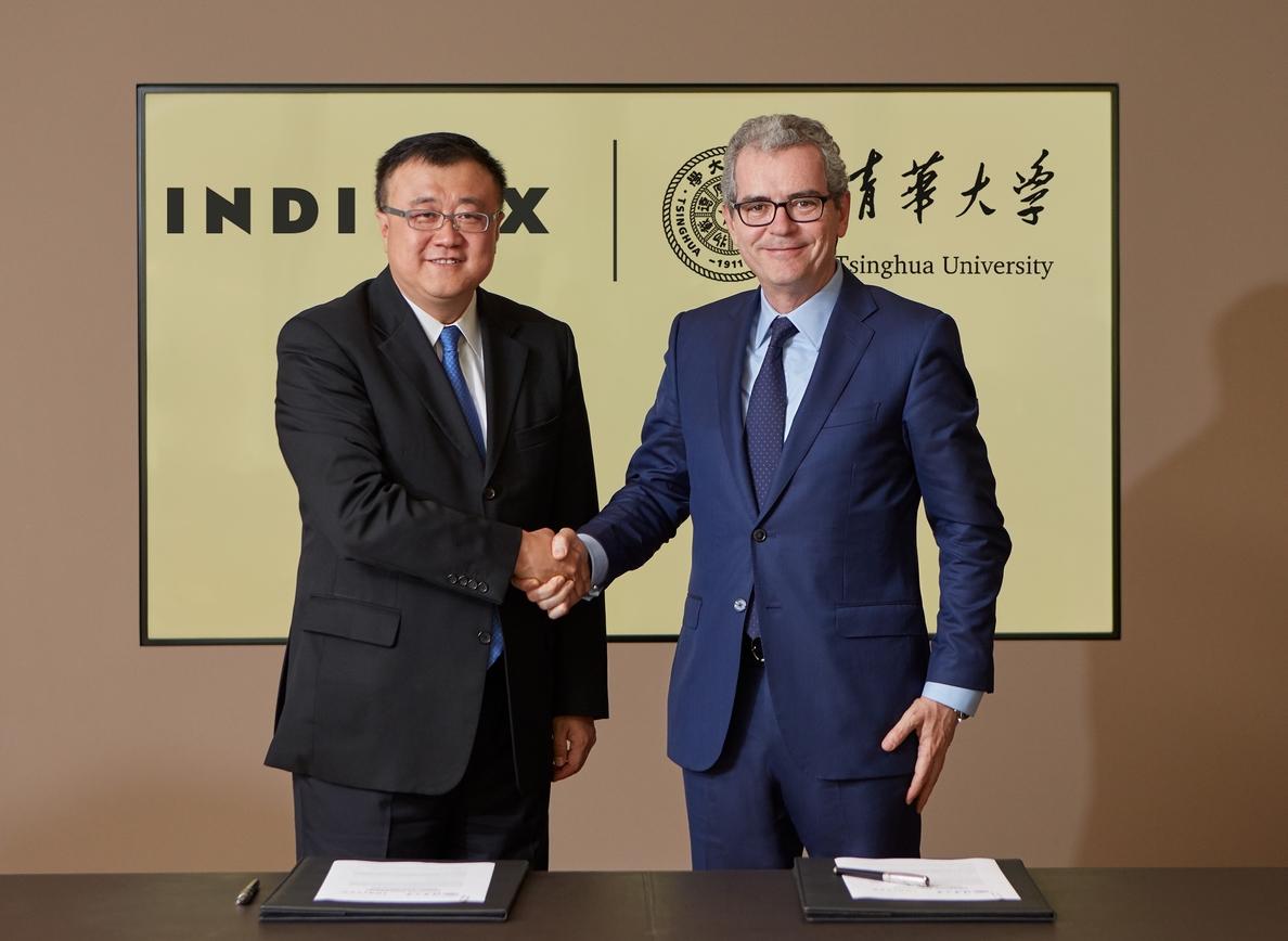 Inditex y la Universidad de Tsinghua apoyarán la iniciativa »Belt and Road» a través de becas universitarias