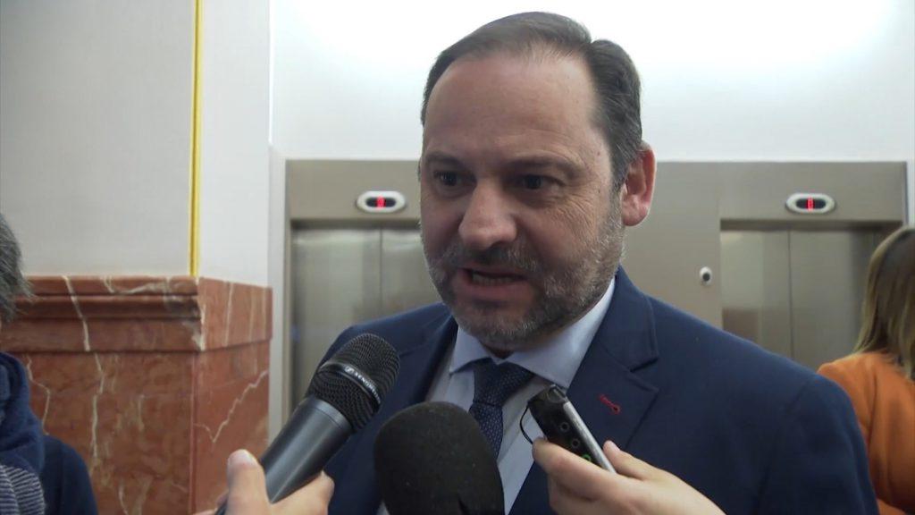 El PSOE señala que era «de esperar» el apoyo del PNV a los Presupuestos, que garantizan a Rajoy al menos un año más