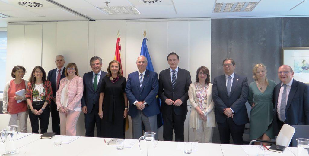 La Secretaria de Estado de I+D+i y CRUE crean una comisión para mejorar la investigación en el ámbito universitario