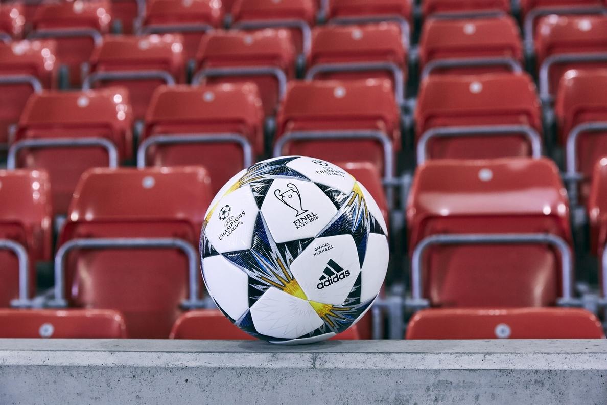 Casi 3.000 euros: esto es lo que gasta al año un aficionado al fútbol