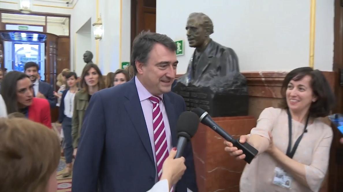 Aitor Esteban convencido de que las instituciones catalanas «volverán a sus legítimos representantes» en breve tiempo