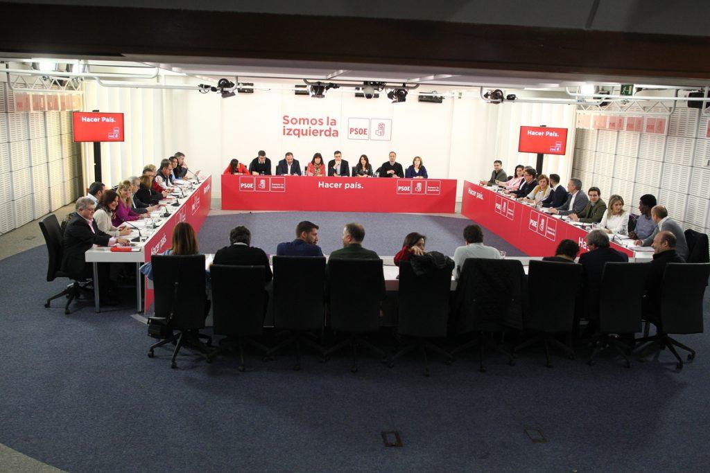 Aumentan las voces en el PSOE que piden una moción de censura contra Rajoy tras la sentencia de la Gürtel