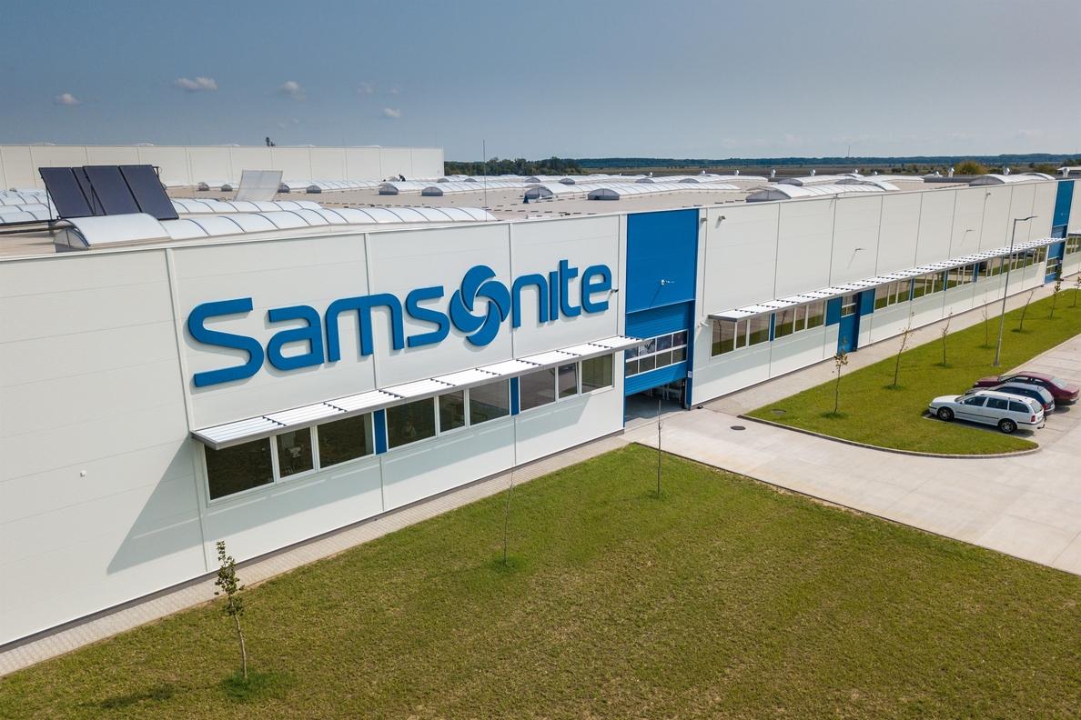 La Bolsa de Tokio suspende de cotización a Samsonite ante dudas sobre sus prácticas contables