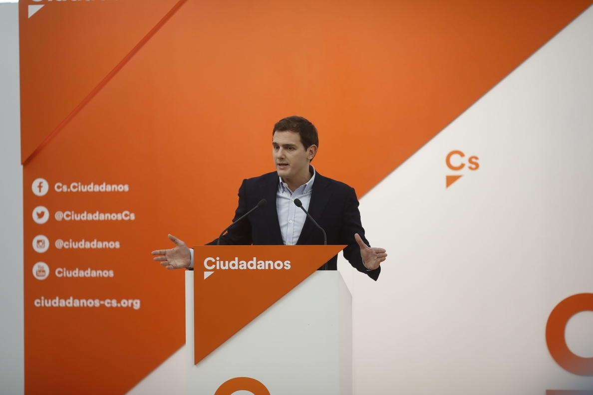 Rivera afirma que el desvío de fondos en Cataluña «lo ve todo el mundo menos Rajoy» y justifica extender el 155