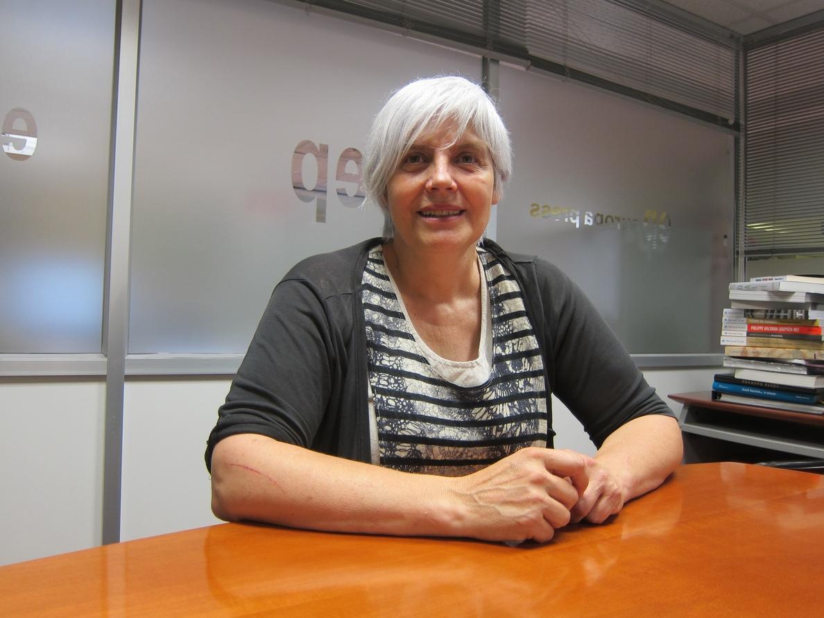 La alcaldesa de Badalona ve «contra natura» que PSC pacte con PP y Cs una moción de censura