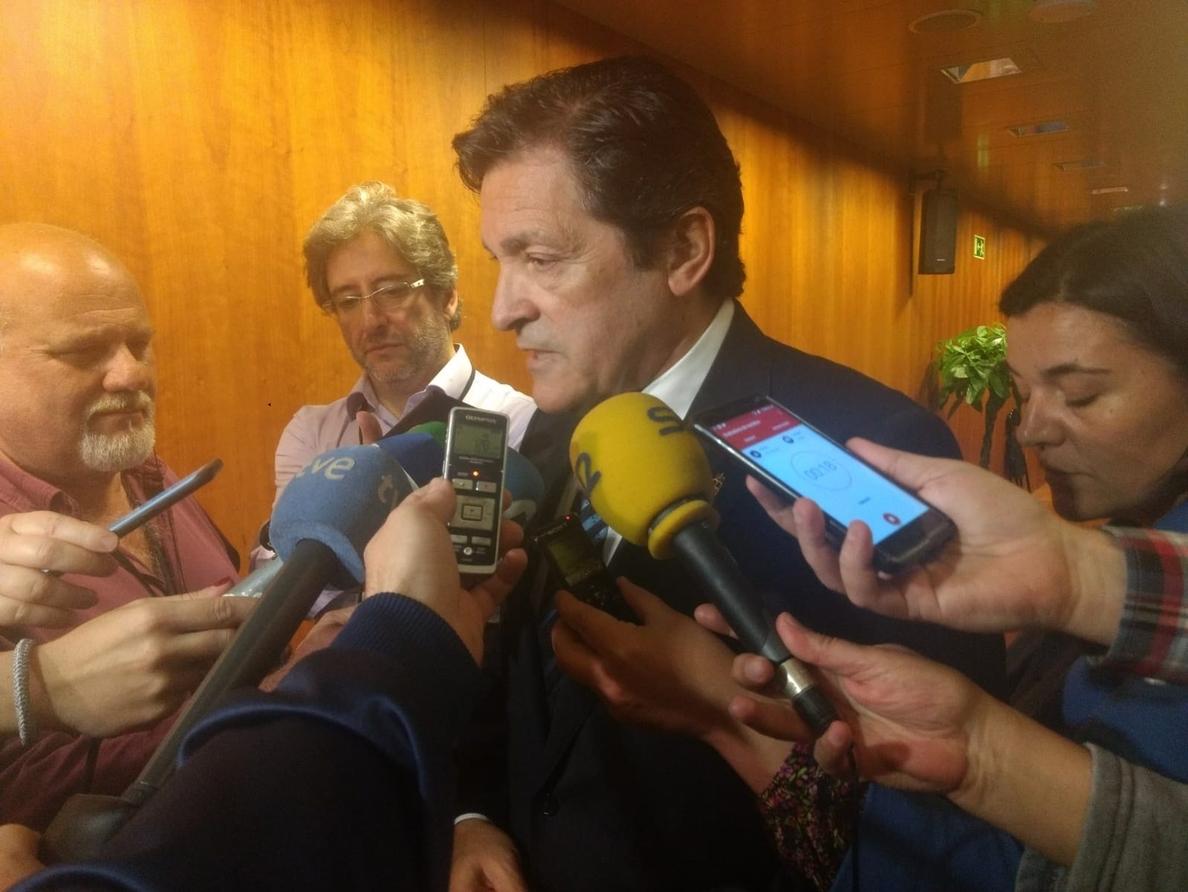 Javier Fernández afirma que el Gobierno de Rajoy se encuentra en una situación «insostenible»