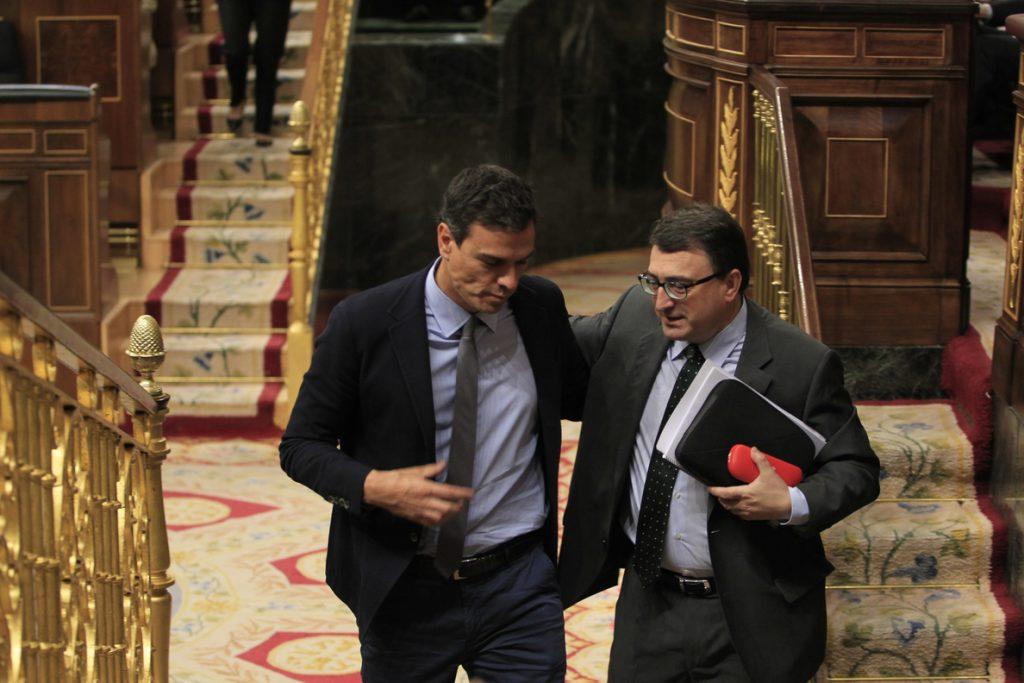 La moción de censura del PSOE, tras el 'no' de Cs, depende del PNV para prosperar, aunque sume al PDeCAT y ERC