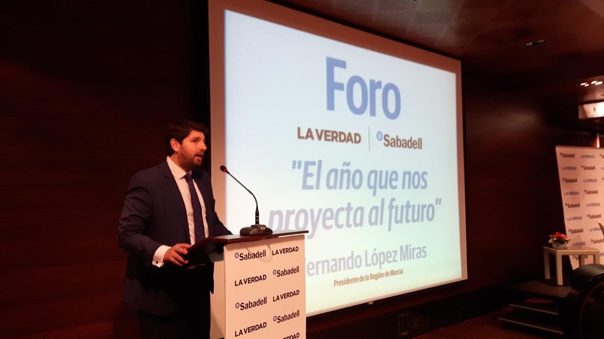 Presidente Murcia dice que no le «duele en prendas» pedir perdón aunque no tienen «nada que ver» con él