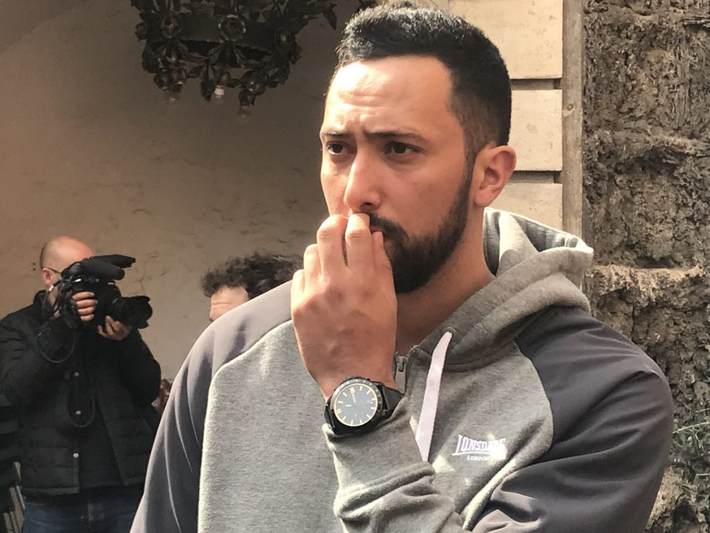 Valtonyc podría comparecer ante las autoridades belgas si es citado, según su nuevo abogado