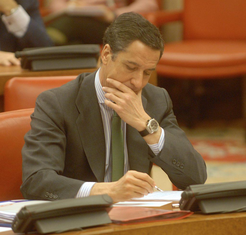 Zaplana recurre la prisión al considerarla «desproporcionada» y niega riesgo de destrucción de pruebas