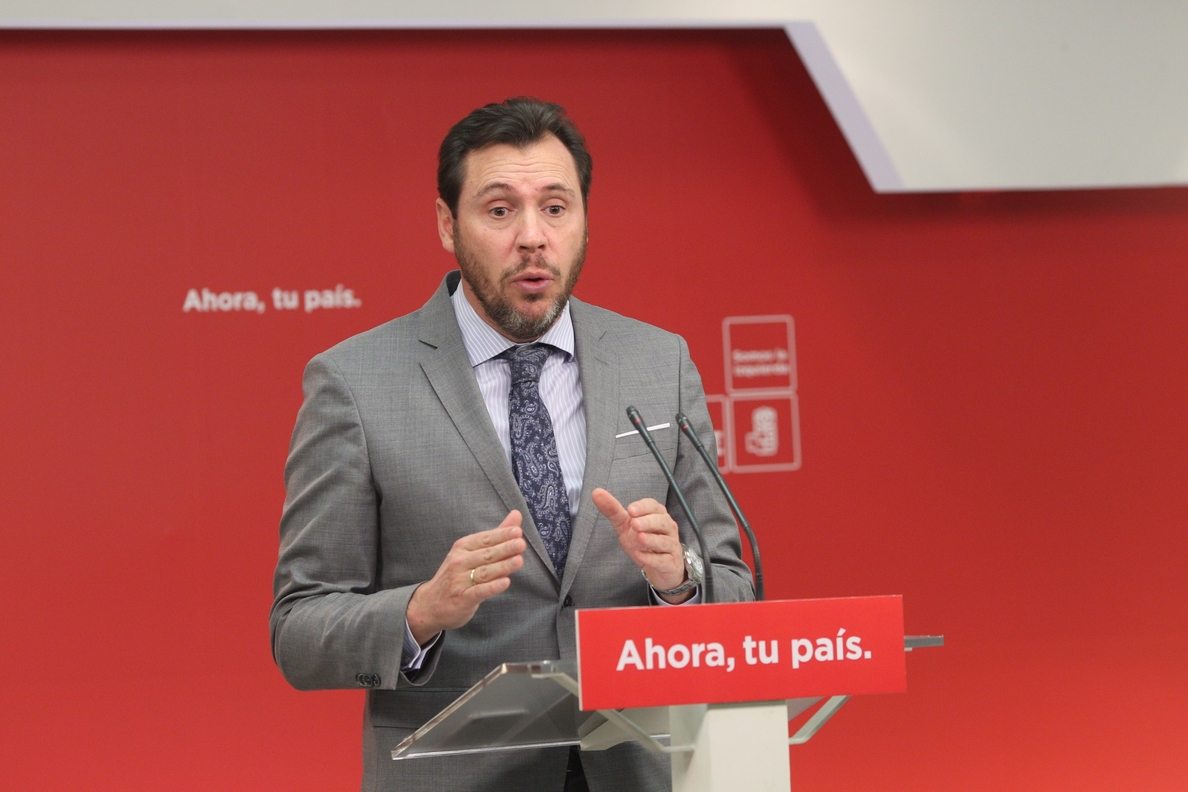 El portavoz del PSOE afirma que la opinión del partido sobre la moción de censura está muy alineada