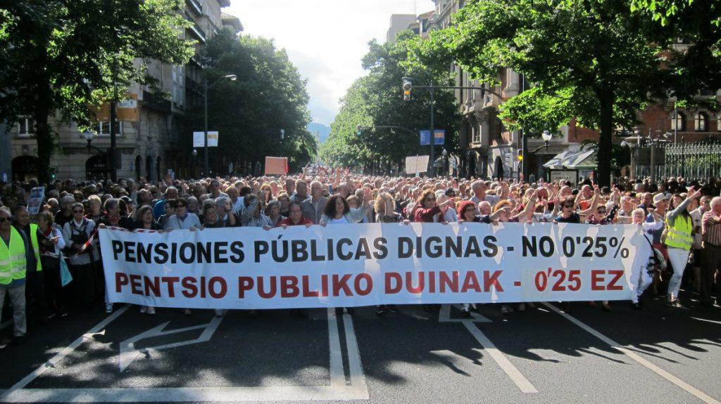 Decenas de miles de personas reclaman en Bilbao unas «pensiones dignas»