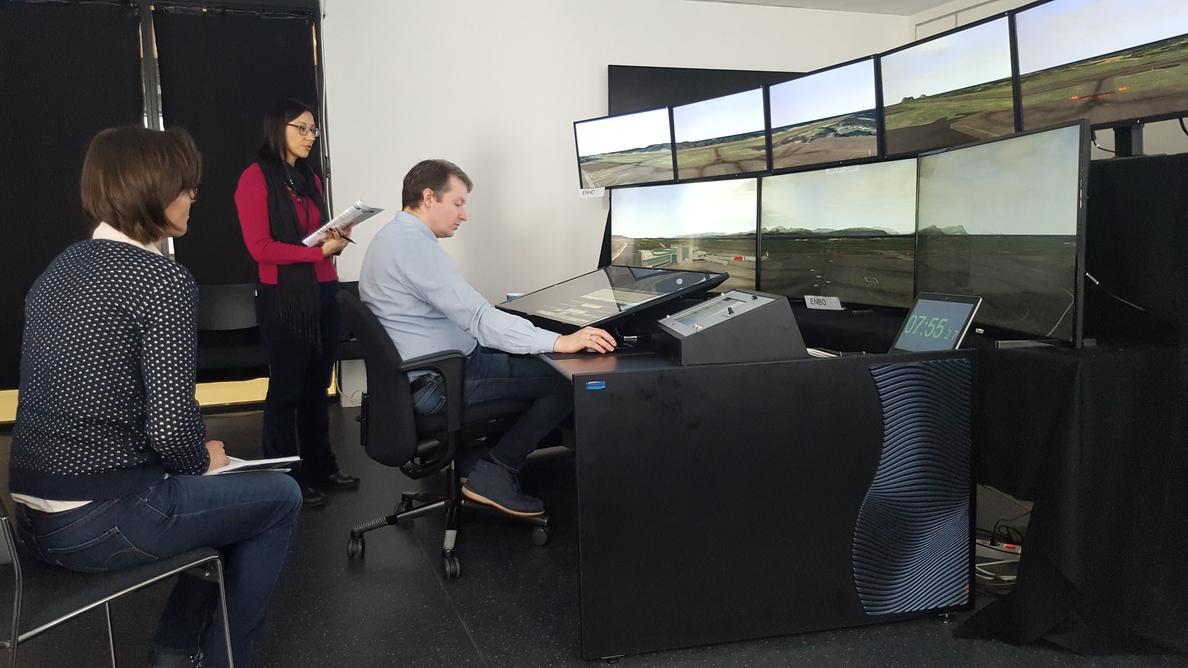 Indra y Avinor completan la primera prueba para gestionar de forma remota tres aeropuertos simultáneamente