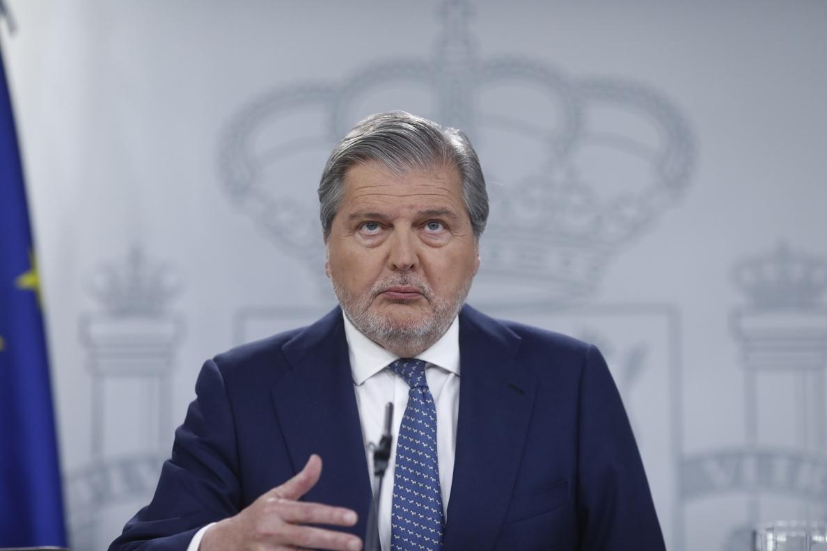 Méndez de Vigo avisa de que apoyar la moción es apoyar un «gobierno frankenstein» con «proyectos incompatibles»