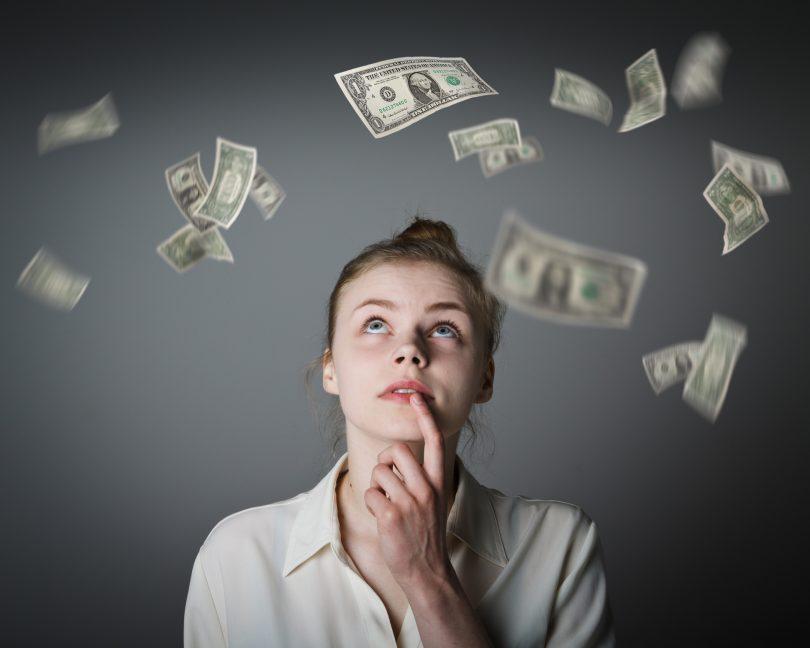 Los salarios subirán este año entre un 2,6% y un 2,9%