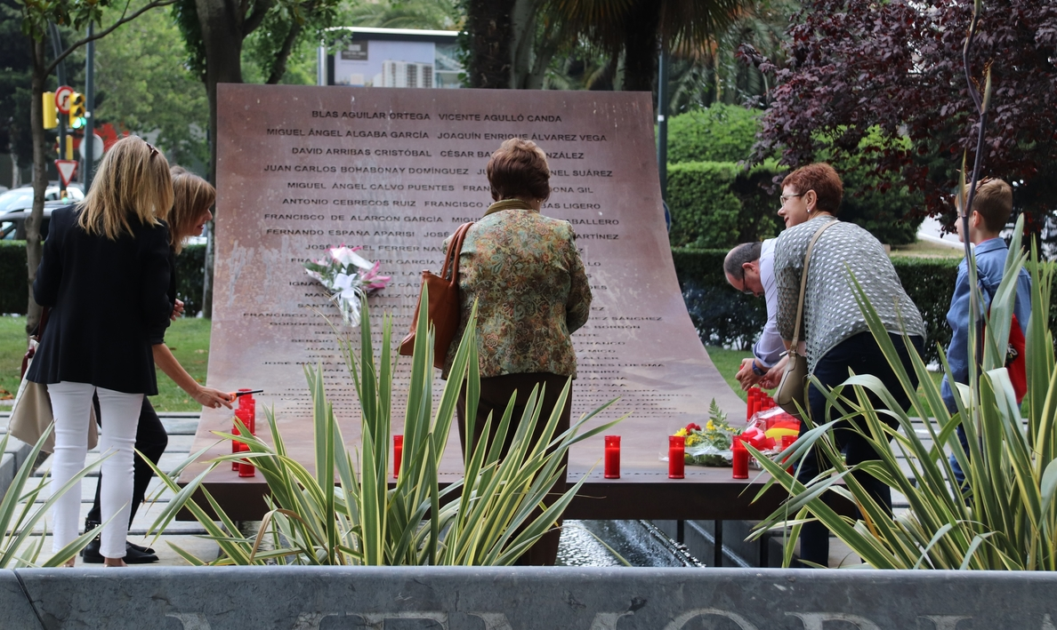 Turquía comunica a España que una pierna de una víctima del Yak-42 está enterrada en ese país