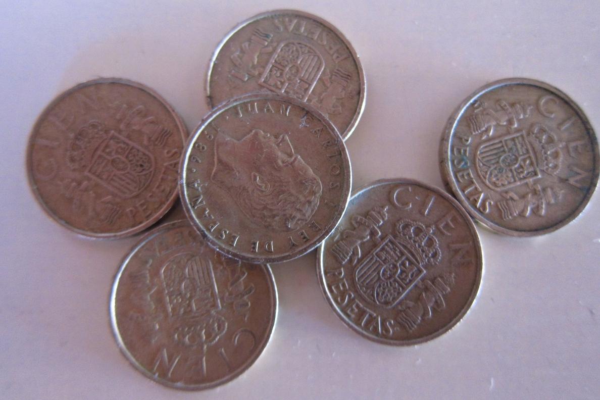 Los españoles aún conservan pesetas por valor de 1.631 millones de euros