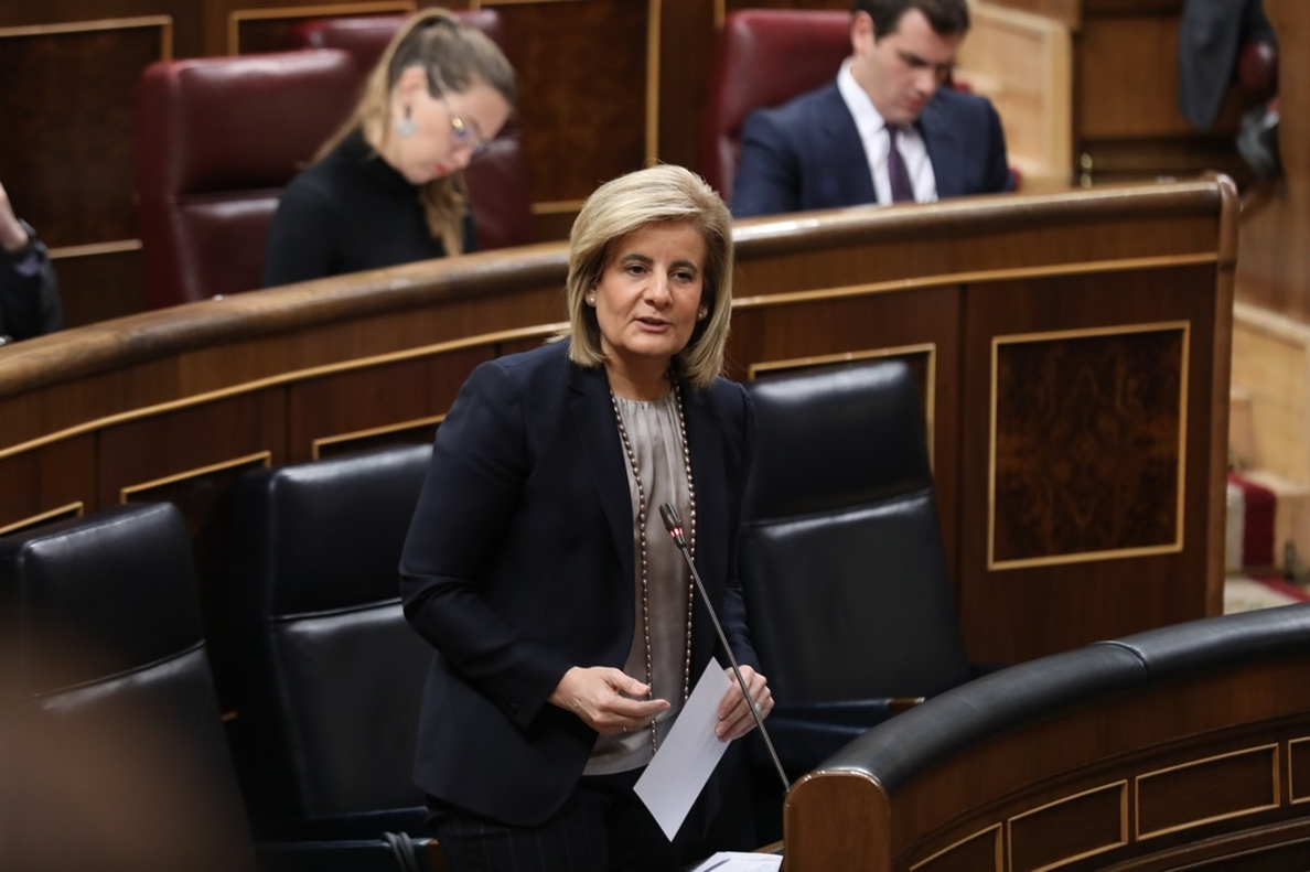 Báñez asegura que la moción de censura solo tiene como objetivo dar un puesto a Pedro Sánchez en el Congreso