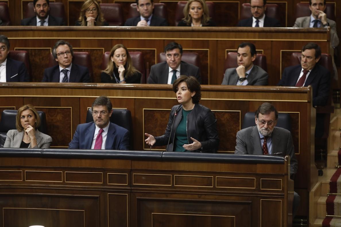 Santamaría avisa a Torra de que, aunque se levante el 155, el Gobierno estará muy pendiente de que cumpla la ley