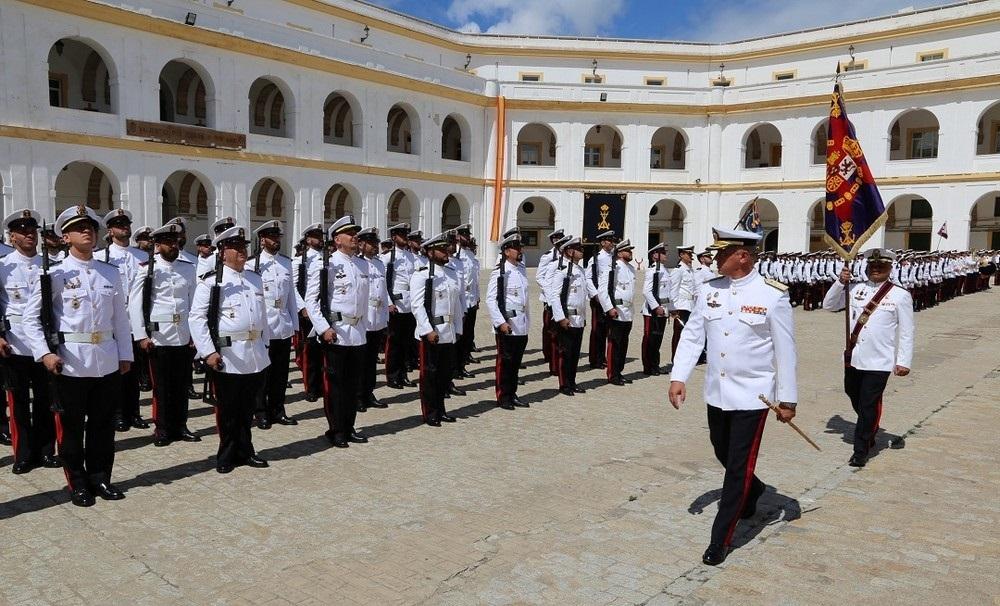 El Tercio de Armada recibe en San Fernando (Cádiz) a la Fuerza Expedicionaria de Infantería de Marina para Malí