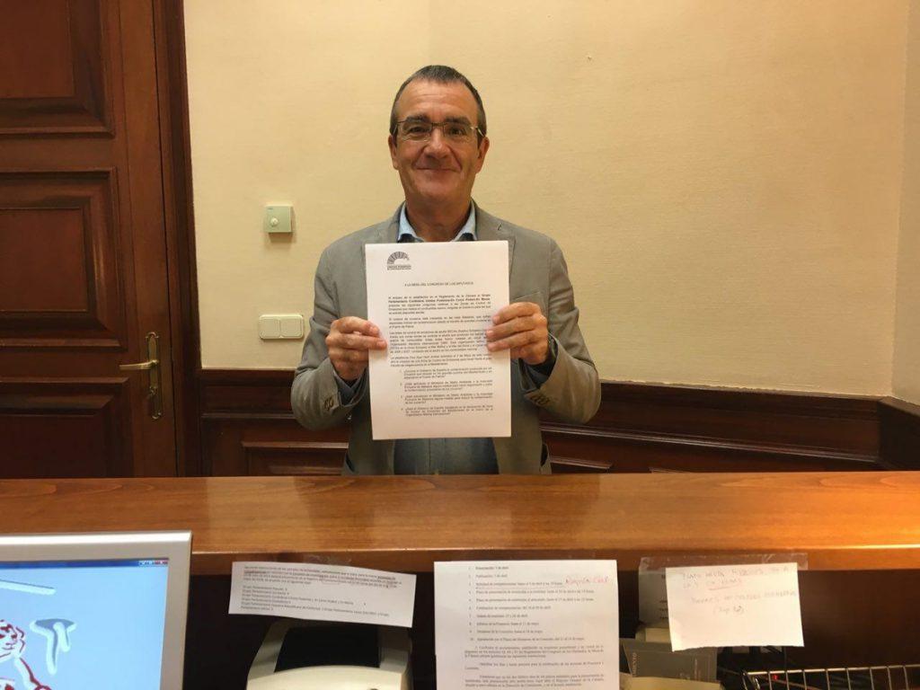 Yllanes (Podemos) pregunta al Gobierno por impacto de los 'megacruceros' sobre la salud y el medio ambiente en Palma