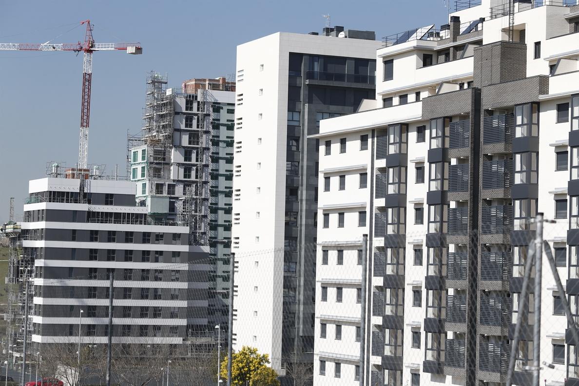 El precio de la vivienda crece más de un 3% en mayo, según pisos.com