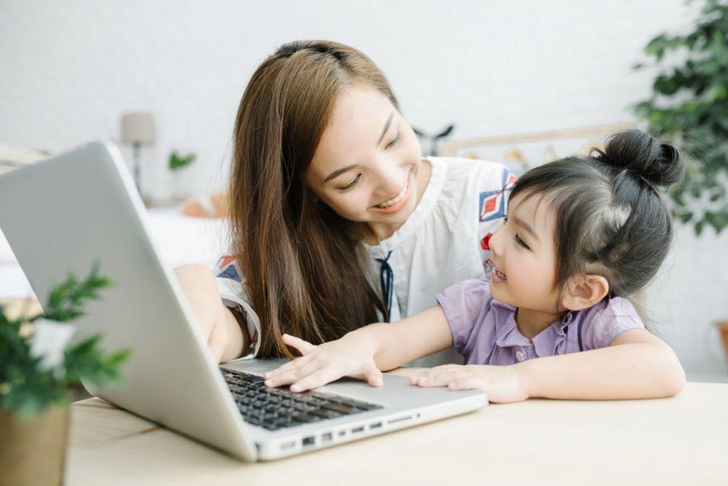 Un estudio muestra que las desigualdades en el uso de Facebook son un reflejo de la brecha de género en otros ámbitos